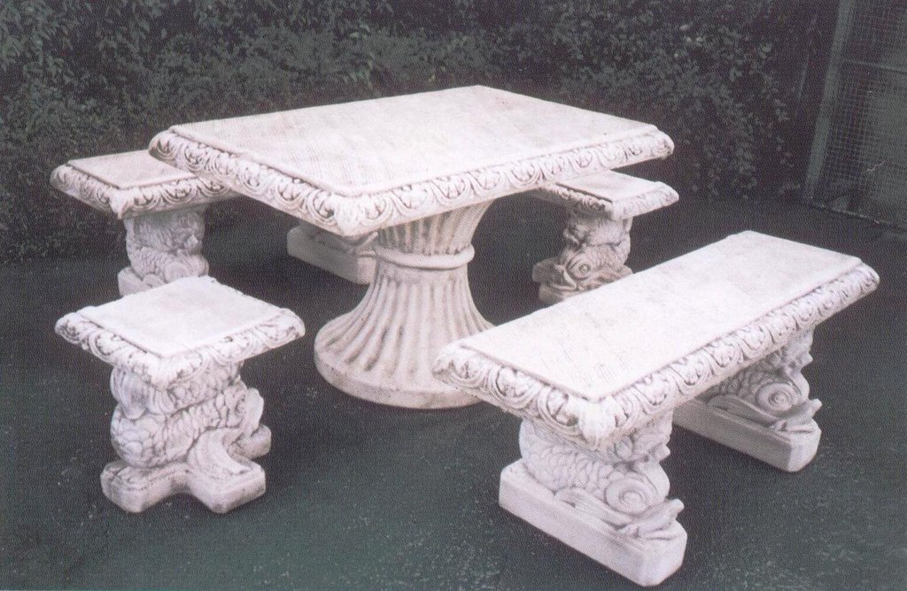 Set Castello - Tavolo + 4 Panche in cemento ...