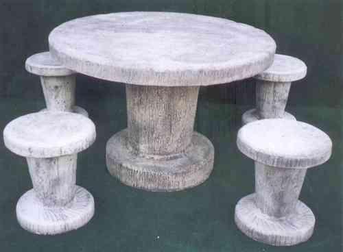 Tavoli Da Esterno In Cemento.Set Completi Arredogiardini It