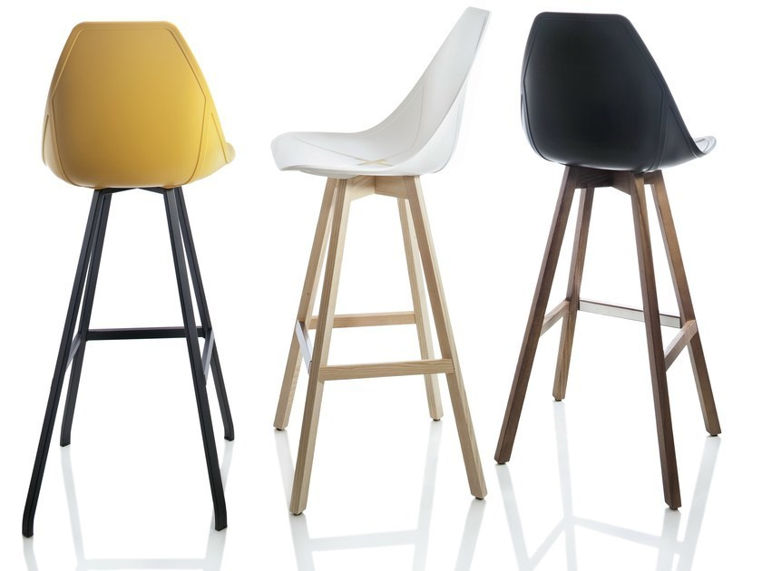 X stool sgabello in polipropilene alma design arredogiardini.it